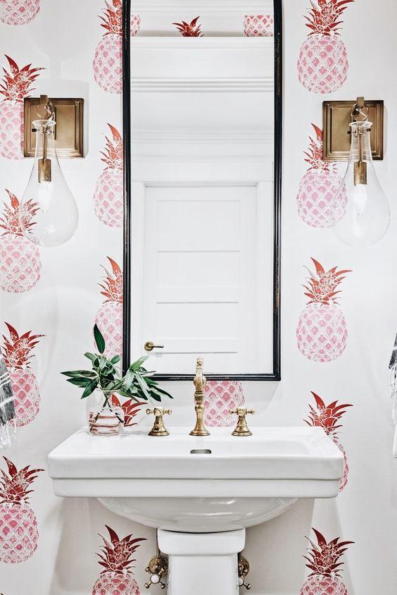 Papel pintado en el baño, ¿te atreves?