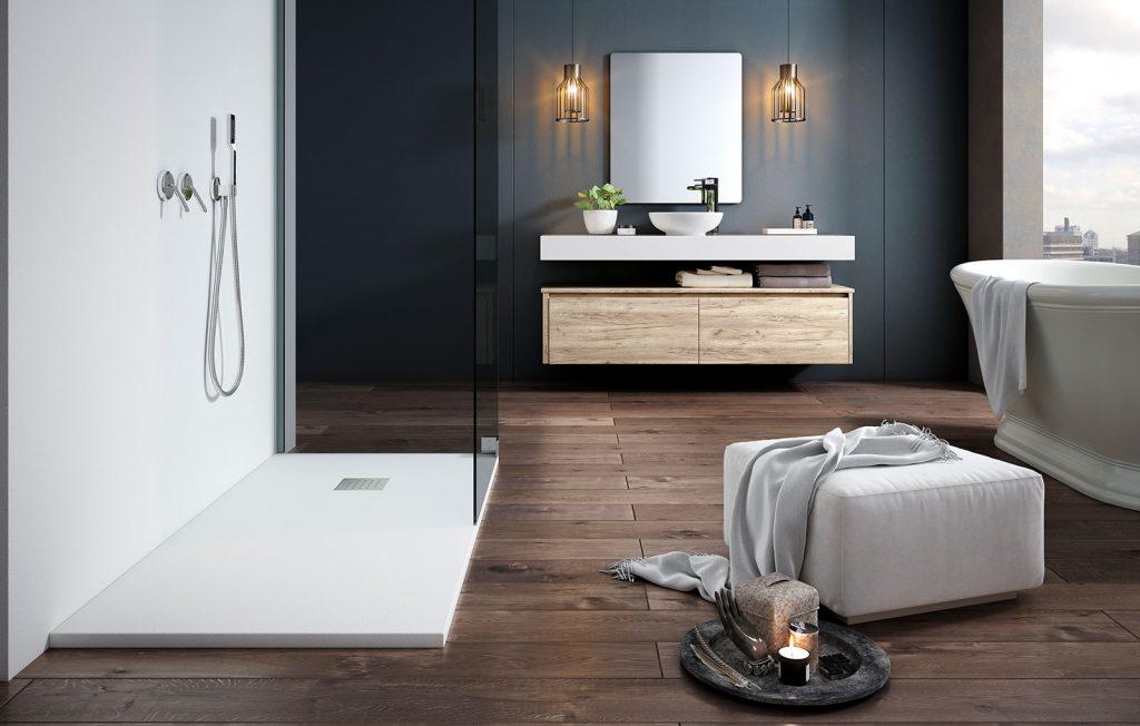 Baño amplio con bañera y plato de ducha